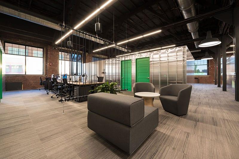 Ascender Coworking: Desks